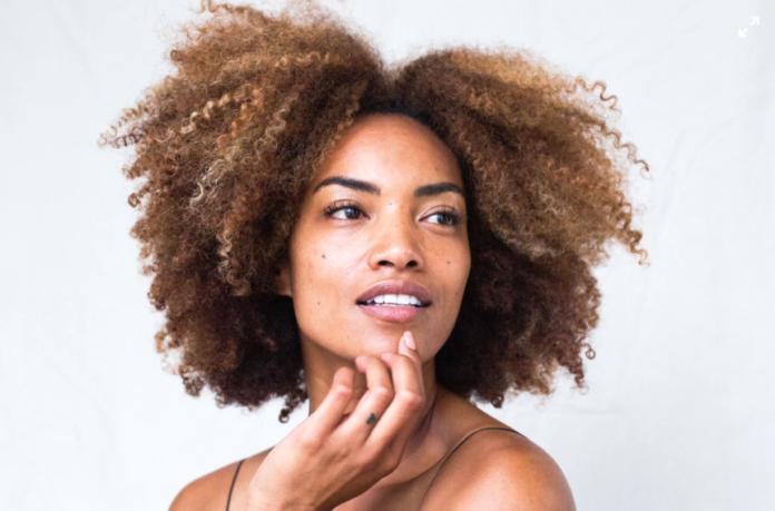 Czym jest effortless make-up?